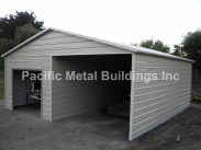 24x25x9 Box Eave with an interior wall at the peak of the building #639